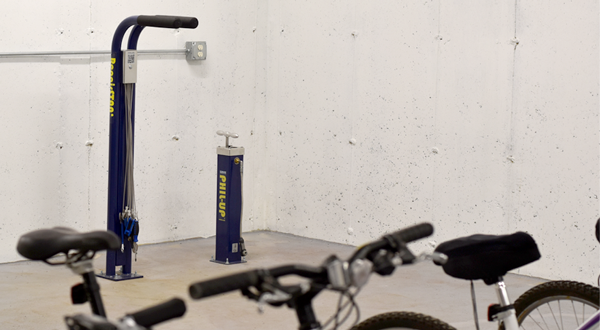 Bike-Repair-Stand-in-Bike-Room